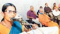 അയ്യപ്പ വിശ്വാസം ഇല്ലാതാക്കി ഹിന്ദുക്കളെ തകര്ക്കാന് ശ്രമം: ശശികല ടീച്ചര്