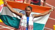 കൊറോണ വൈറസ് യോദ്ധാക്കളോട് ബഹുമാനം; ഏഷ്യന് ഗെയിംസ് സ്വര്ണ മെഡല് പ്രതിരോധ പ്രവര്ത്തകര്ക്ക് സമര്പ്പിച്ച് ഇന്ത്യന് അത്ലറ്റ്