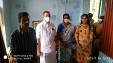 കെ. സുരേന്ദ്രന്  മണ്ട്രോത്തുരുത്തിലെത്തി, ബിജെപി മുന് ജില്ലാ ഉപാദ്ധ്യക്ഷന് മംഗലന്റെ കുടുംബത്തിന് വീട് വച്ച് നൽകും