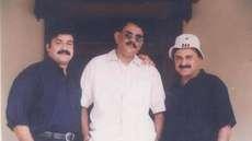 ഷാളിട്ട് കഴുത്ത് ഞെരിക്കുമ്പോള് ലാലിന്റെ തൊണ്ടയില്നിന്ന് ഒരു ശബ്ദം വരും. അത് ചിത്രീകരിക്കുമ്പോള് ഞാന് കരയുകയായിരുന്നു