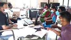 നെല്ല് സംഭരിച്ചിട്ട് മാസങ്ങള്: കര്ഷകര്ക്ക് നല്കാനുള്ളത്  300 കോടിയോളം രൂപ, പ്രതിഷേധവുമായി ബിജെപി ഗ്രാമപഞ്ചായത്തംഗങ്ങള്