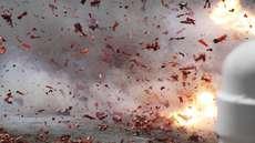 ആന്തൂര് മോറാഴയില് സേവാഭാരതി പ്രവര്ത്തകന്റെ വീടിനുനേരെ ബോംബേറ്; സ്ക്വാഡ് പരിശോധന നടത്തി