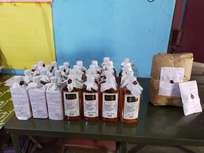 കൂമ്പന്പാറയിൽ ഒരു കിലോ കഞ്ചാവും ഒമ്പത് ലിറ്റര് വ്യാജമദ്യവും പിടികൂടി