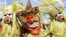 മോളീവുഡില്പ്പോലും പരീക്ഷിച്ചിട്ടില്ലാത്ത പുതിയ തരം സിനിമാസ്കോപ്പ് പരീക്ഷണവുമായി 'ഈ പൊന്നോണ നാളില്'; യൂട്യൂബില് ഹിറ്റാകുന്നു