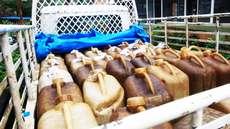 തൃശൂരിൽ വൻ വ്യാജ ഡീസല് വേട്ട; പിടികൂടിയത് 2500 ലിറ്റര്, സ്വകാര്യ ബസ്സുകള്ക്ക് വിറ്റിരുന്നത് ലിറ്ററിന് 75 രൂപ നിരക്കിൽ