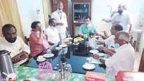 അനധികൃത മരംമുറി: വനംകൊള്ളക്കാരുടെ സല്ക്കാരത്തില് മന്ത്രി മുഹമ്മദ് റിയാസ്