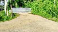കോവിഡ്: കേരളത്തില് നിന്നുള്ളവര്ക്ക് നിയന്ത്രണങ്ങള്  കടുപ്പിച്ച് നീലഗിരി, സംസ്ഥാനങ്ങളുമായി ബന്ധിപ്പിക്കുന്ന ഇടറോഡുകള് അടച്ചു
