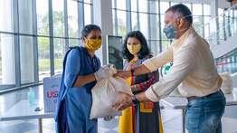 കോവിഡ്-19 കാലത്ത് നിസ്വാർഥ സേവനം അനുഷ്ഠിച്ച ഹൗസ് കീപ്പിങ്ങ്, സുരക്ഷാ ജീവനക്കാർക്ക് നന്ദി പ്രകാശിപ്പിച്ച് യുഎസ് ടി ഗ്ലോബൽ