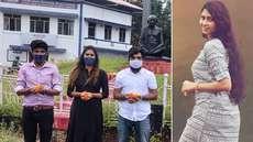 ലക്ഷദ്വീപില് ഗാന്ധി പ്രതിമ ഉണ്ടെന്ന് തെളിയിക്കാന് ഐഷ സുല്ത്താനയുടെ വിഡ്ഢിത്തരം; കൊച്ചിയിലെ ചിത്രം പോസ്റ്റ് ചെയ്തതിനെ ട്രോളി സോഷ്യല്മീഡിയ