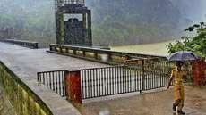 കക്കി-ആനത്തോട് ഡാമിന്റെ രണ്ടു ഷട്ടറുകള് നാളെ തുറക്കും; പമ്പയാറിലും, കക്കാട്ടാറിലും ജലനിരപ്പ് ഉയരും; എട്ടു മണിക്കൂറിന് ശേഷം വെള്ളം റാന്നിയില്