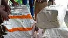 കൊരട്ടി ദേശീയപാതയില് വന് കഞ്ചാവ് വേട്ട; അഞ്ച് പേർ കസ്റ്റഡിയിൽ, 200 കിലോ കഞ്ചാവ് പിടിച്ചെടുത്തു