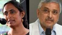 ആള്ഇന്ത്യ മെഡിക്കല് ഇന്സ്റ്റിറ്റ്യൂട്ടിനെക്കുറിച്ചുള്ള കമ്മ്യൂണിസ്റ്റ് കള്ളം തള്ളി ഡയറക്ടര്: 'ഇവിടെ ഓക്സിജന് ക്ഷാമമില്ല'