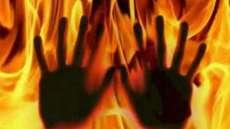 യുവതി പൊള്ളലേറ്റ് മരിച്ച സംഭവം ഭര്ത്താവും ഭര്തൃപിതാവും അറസ്റ്റില്