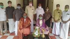 ഗുരുപൂര്ണ്ണിമ പി.പി. കരുണാകരന് മാസ്റ്ററെ ആദരിച്ചു