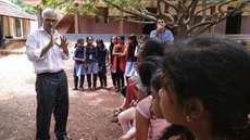 'ഒരു തൈ നടാം- വളര്ത്താം' ; പ്രകൃതിക്ക് തണലൊരുക്കാന് പുതുവഴിയൊരുക്കി കെ.എം. ബാലകൃഷ്ണന്