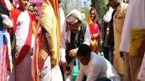 ഘര്വാപസി: ജാര്ഖണ്ഡില് ക്രിസ്ത്യന് വിഭാഗത്തില്പ്പെട്ട 181 പേര് സ്വ സമുദായത്തിലേക്ക് തിരിച്ചെത്തി