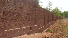 മരാമത്ത് വകുപ്പ് എസ്റ്റിമേറ്റിട്ടത് 2.37 കോടി; ചീമേനി ജയിലിന് ചുറ്റുമതില് പണിത് തടവുകാര്, ചെലവ് ഏതാനും ലക്ഷങ്ങൾ മാത്രം