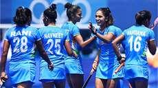 ബ്രിട്ടനോട്  ഐയര്ലന്റ് (2-0)തോറ്റു:  വനിതാ ഹോക്കിയില് ഇന്ത്യ ക്വാര്ട്ടറില്