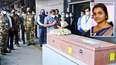ഹമാസ് ഭീകരാക്രമണത്തില് കൊല്ലപ്പെട്ട സൗമ്യയുടെ മൃതദേഹം ഇന്ത്യയില്; ദല്ഹിയില് കേന്ദ്രമന്ത്രി വി. മുരളീധരന് ഏറ്റുവാങ്ങി