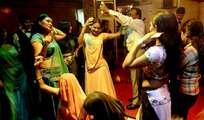 'ലോക്കാ'യി ക്ലാസുകള് : ജീവിത താളം പിഴച്ച് കലാപരിശീലകര്, സര്ക്കാരിന് നിഷേധാത്മക സമീപനം