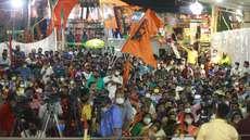 നീലാകാശത്തിന് കീഴില് കാവിത്തിരമാല തീര്ത്ത് പേയാട്, പ്രവർത്തകരിൽ ഊർജ്ജം പകർന്ന് യോഗി