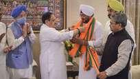 നേതാക്കള് ബിജെപിയിലേക്ക്,  ഗ്യാനി സെയില് സിങ്ങിന്റെ കൊച്ചുമകന് ഇന്ദര്ജീതും അംഗത്വമെടുത്തു, മുത്തച്ഛന്റെ ആഗ്രഹം സഫലീകരിച്ചു