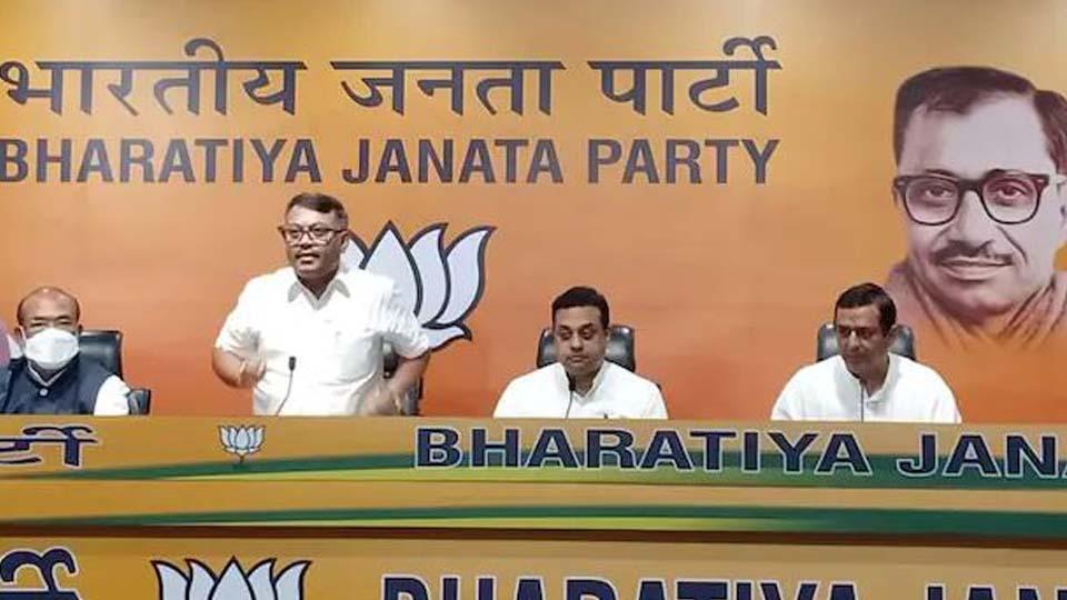 മണിപ്പൂരിലെ കോണ്ഗ്രസ് അധ്യക്ഷന് ഗോവിന്ദാസ് കോന്തൗജം ബിജെപിയില് ചേര്ന്നു; കോണ്ഗ്രസിന് തിരിച്ചടി; 2022ലെ തിരഞ്ഞെടുപ്പില് ബിജെപിക്ക് നേട്ടമാകും