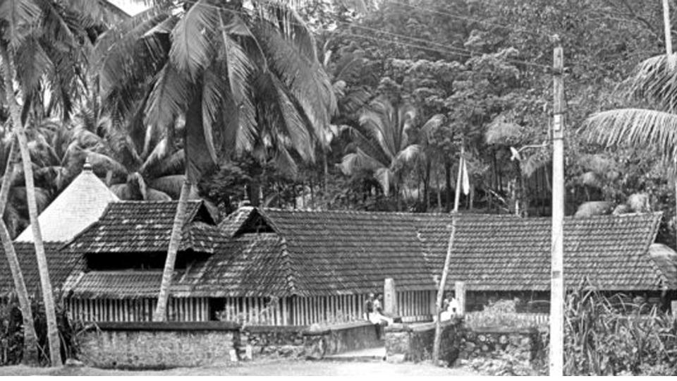 ഉഴുന്ന് നിവേദ്യപ്രിയനായ തിരുനന്തിക്കര മഹാദേവര്
